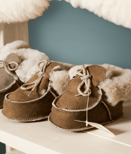 wollbetten-baby-lambskin-shoes-swissmade-direct