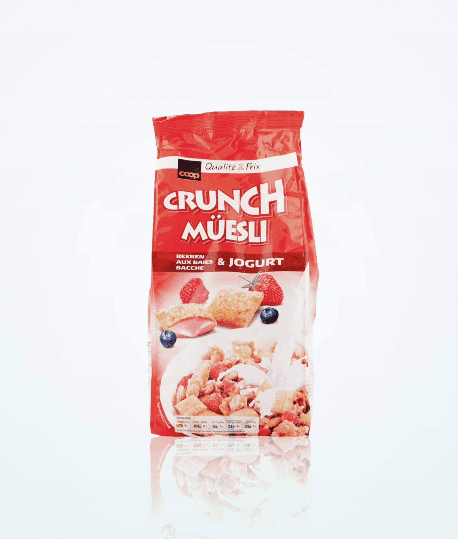 crunch-muesli-with-berries-and-joghurt