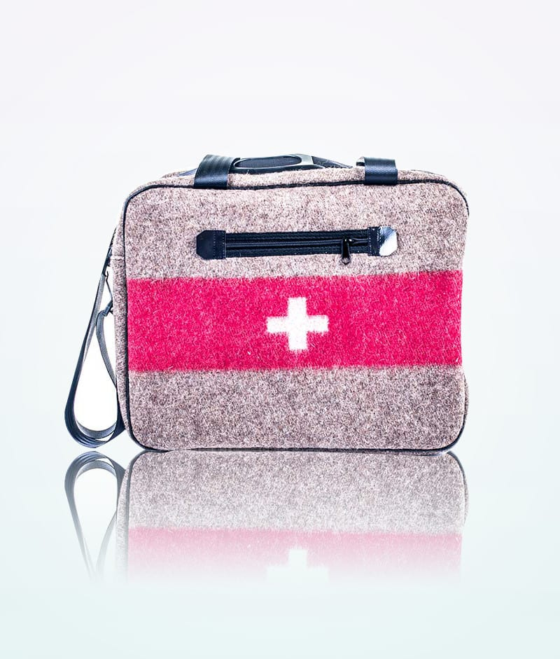 swiss-army-retro-bag