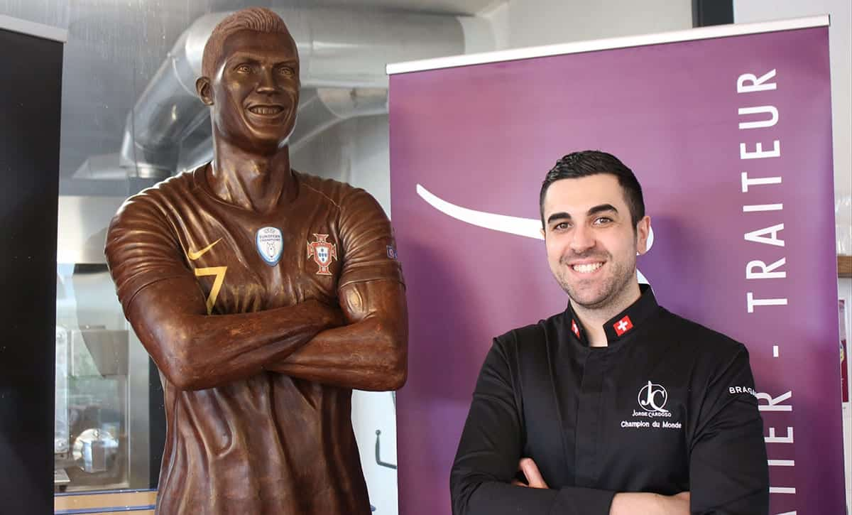 swiss-chocolate-sculpture-cristiano-ronaldo